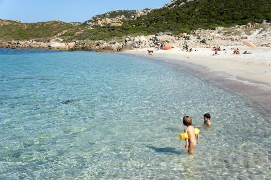 Spiaggia Spalmatore isola di La Maddalena in Sardegna