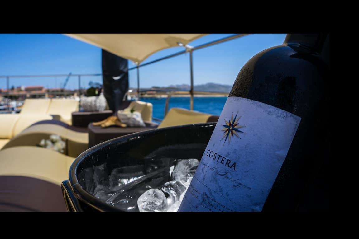 Virginia Motor Yacht ponte VIP escursione esclusiva